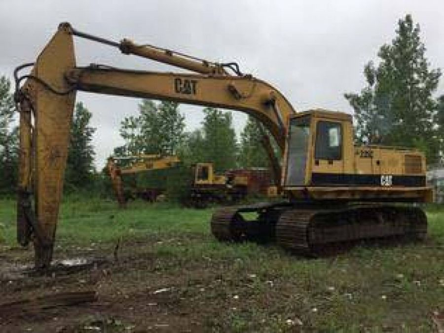 Used Excavator 1988 Caterpillar 235 for Sale - 1 - Thumbnail